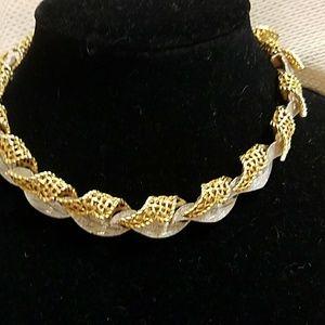 Jewelry - Two tone choker
